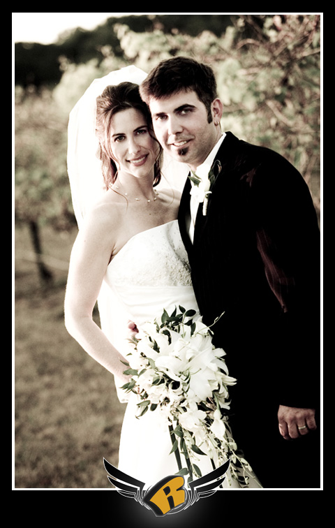 Wedding pictures at Flat Creek Winery in Marble Falls