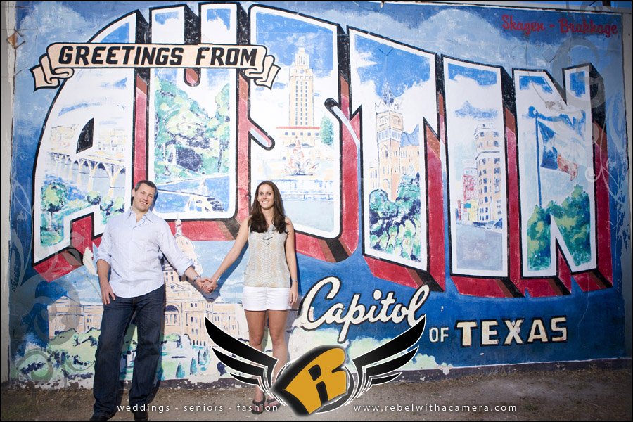 texas photos of ut alum engagement session at the UT tower in austin texas