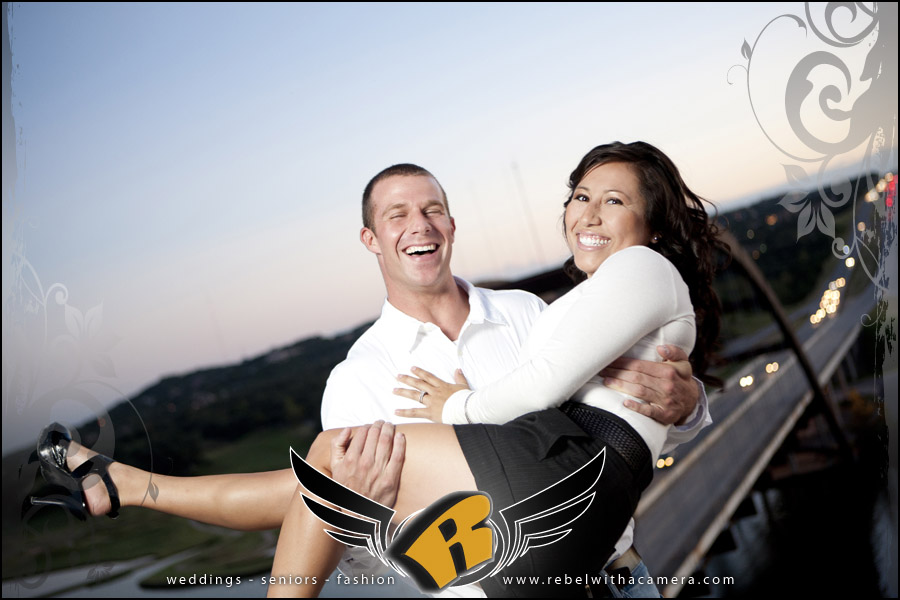 finest engagement pictures in austin on the 360 bridge overlook