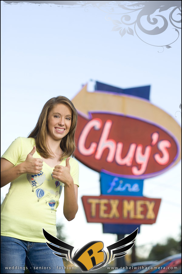 chuy's mexican food senior portraits in austin