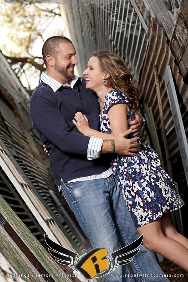 Rustic engagements pictures in Texas country