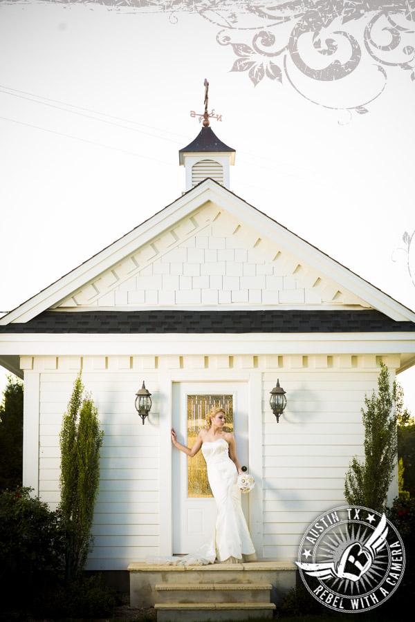 Antebellum Oaks bridal portraits