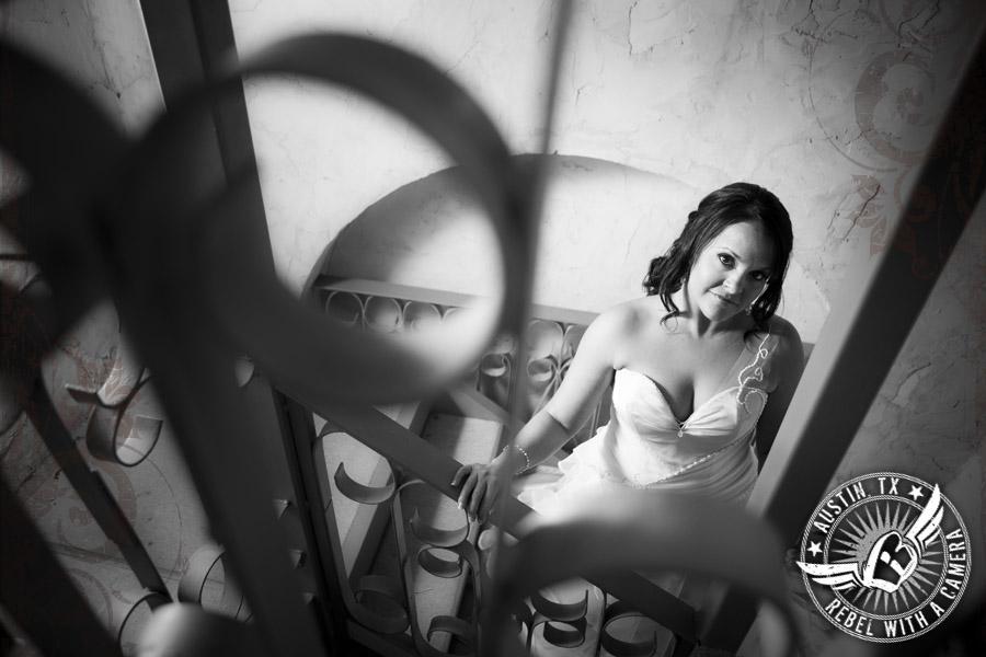 Gorgeous bridal portraits at Villa Antonia