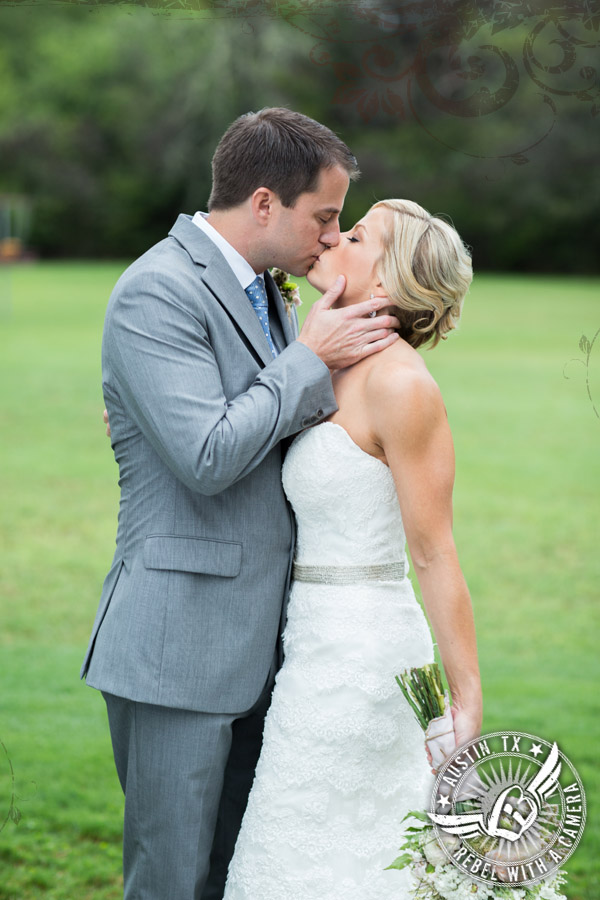 Shabby chic wedding photos at Cedar Bend Events