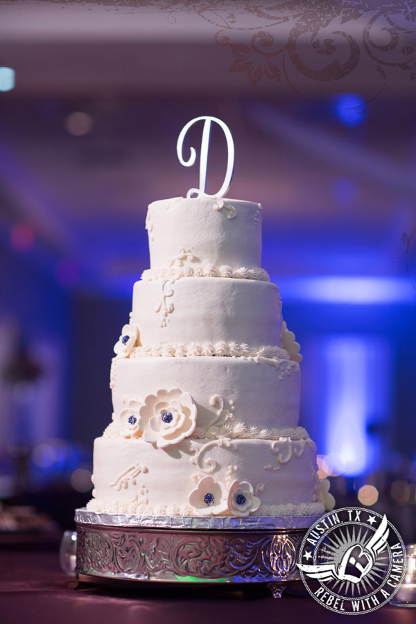 Beautiful wedding photos at the Oaks Event Center in Austin, Texas