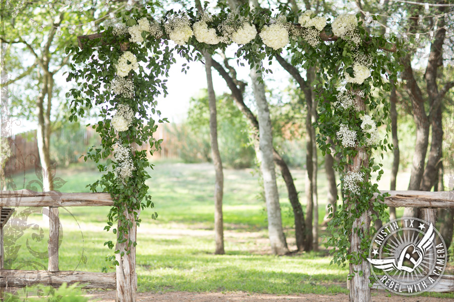 Bouquets of Austin wedding arbor