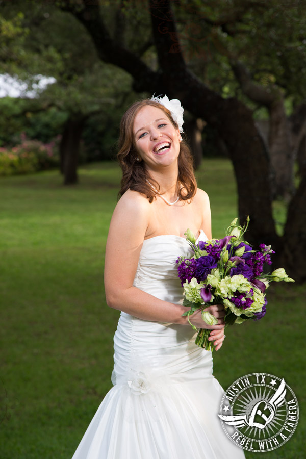 Fun and quirky wedding photos at Green Pastures in Austin.