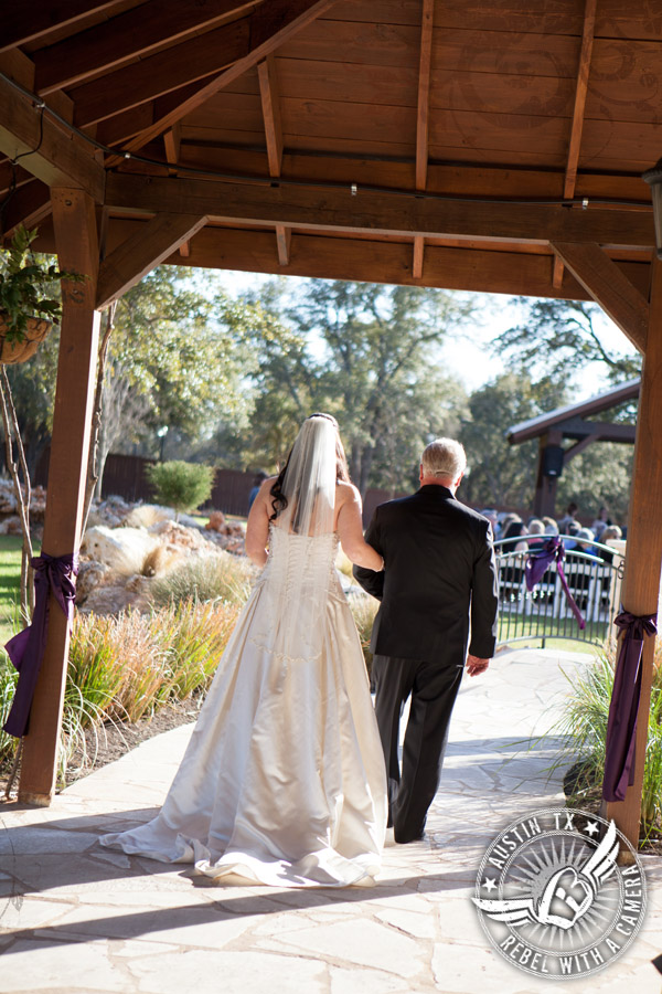 Lovely wedding pictures at Gabriel Springs Event Center in Georgetown, Texas.