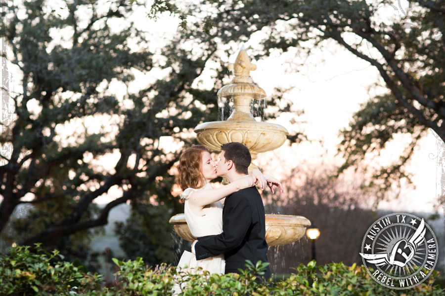 Adorable wedding pictures at Nature's Point