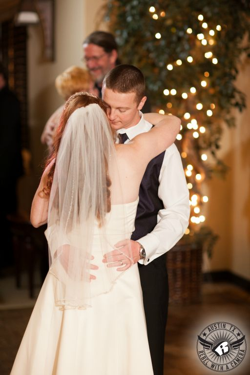 Adorable wedding pictures at Avery Ranch Golf Club