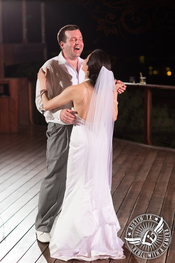 Fun wedding pictures at Nature's Point