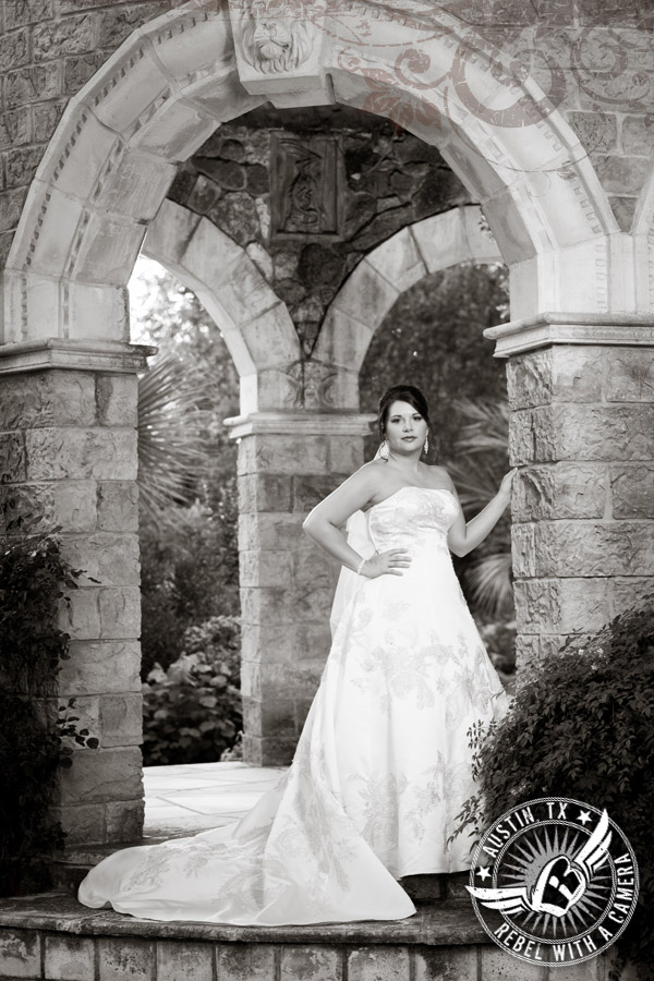 Gorgeous bridal portraits at Dunvegan Keep