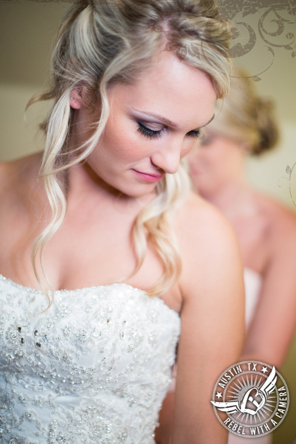 Gorgeous bride in bridal room at Vista West Ranch