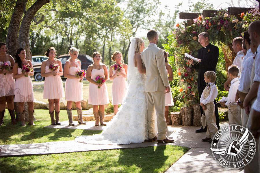 Wedding ceremony at Vista West Ranch