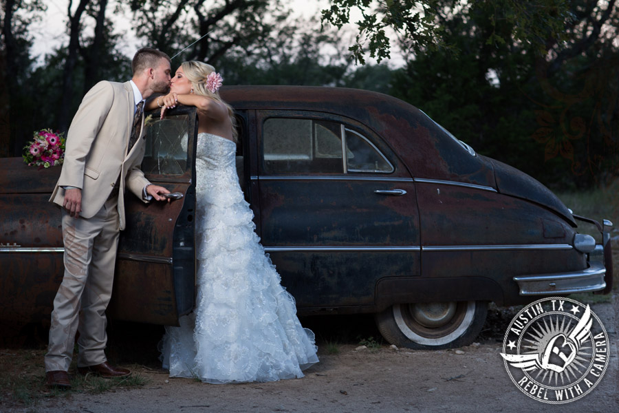 Gorgeous rustic wedding pictures at Vista West Ranch