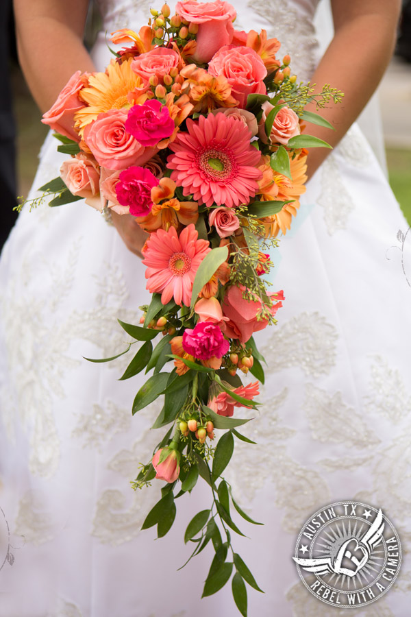 country-wedding-pictures-in-bastrop-texas (12)
