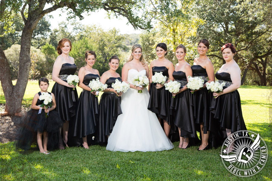Picture of bride and bridesmaids at Gabriel Springs Event Center in Georgetown, Texas