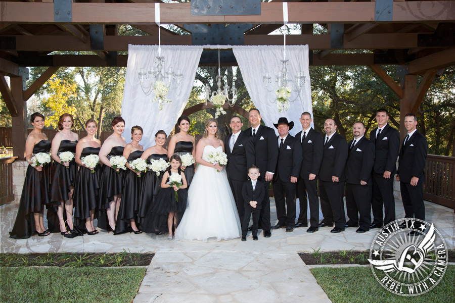 Picture of wedding party at Gabriel Springs Event Center in Georgetown, Texas